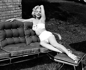 Marilyn-Monroe-BikiniFest2009-560
