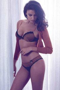 irina-shayk-twin-sets-fall-winter-2014-campaign-4-300x450